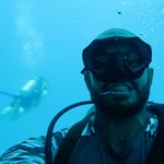 dive hurghada-scuba pro-fish-diver-instractor-diving-underwater-fish