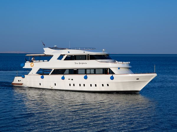 7 Reasons why you would choose Dive-Hurghada Liveaboard